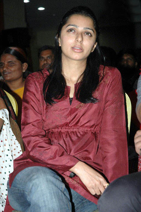 bhumika looks cool at kalamandir foundation cute stills