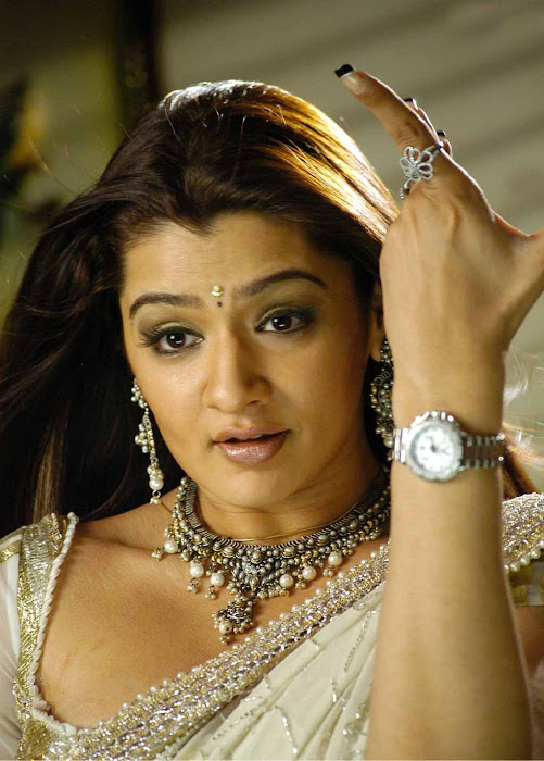 aarthi agarwal in bmym romantic song latest photos