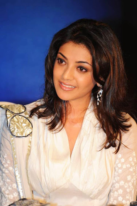 kajal agarwal bouncy looks robo music launch glamour  images