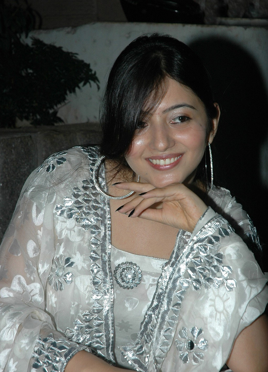 roochika babbar at parents press meet actress pics