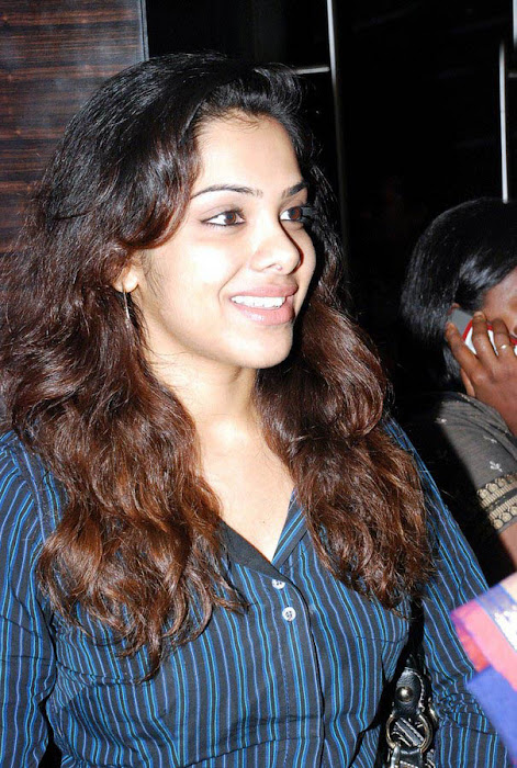 sandhya spotted at a priemier latest photos