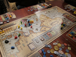 Near the end of a game of Navegador