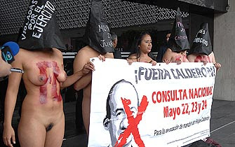 FOTO DE LA EVIDENCIA: MUJERES MEXICANAS DESNUDAS PIDEN REVOCACION DE ...