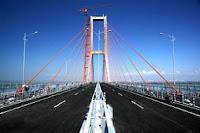Jembatan Suramadu, Surabaya, Madura