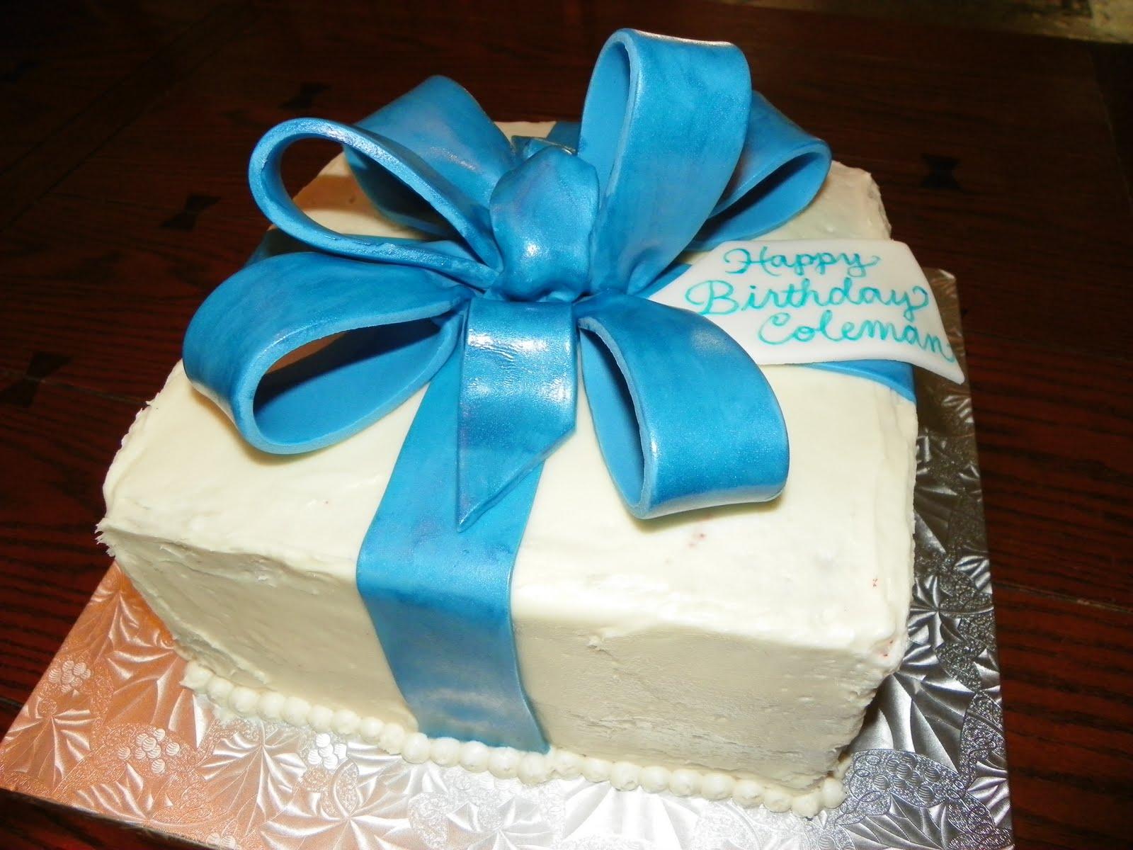Plumeria Cake Studio Birthday Present Cake