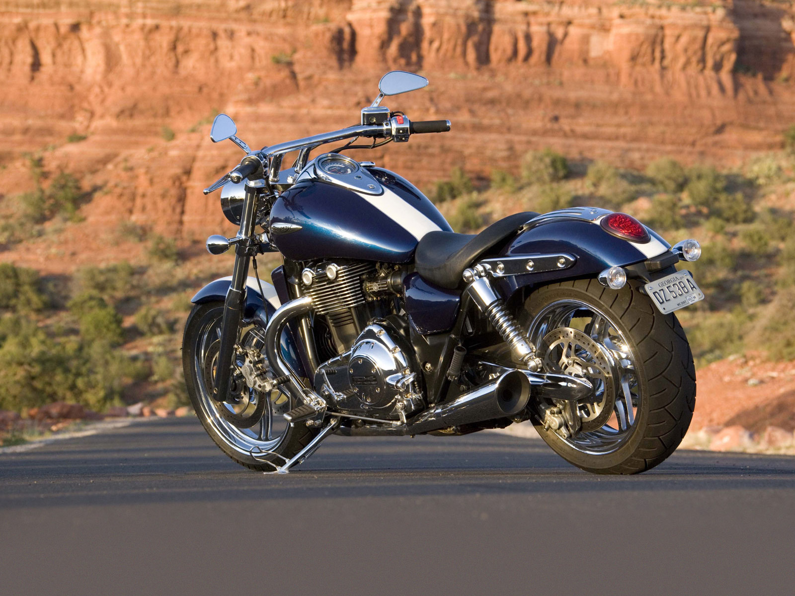 triumph thunderbird 2010 desktop wallpapers. Black Bedroom Furniture Sets. Home Design Ideas