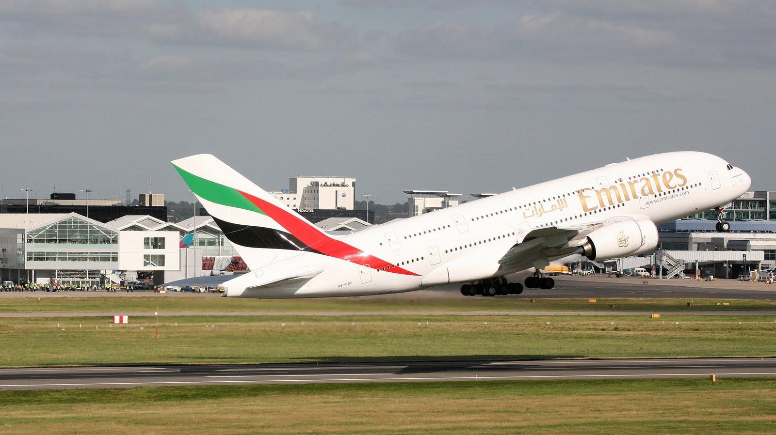 http://4.bp.blogspot.com/_ja676MG45Zg/S_VyCeBrTKI/AAAAAAAADXA/ezuS0qrPy_s/s1600/emirates-airbus-a380-take-0ff-111.jpg