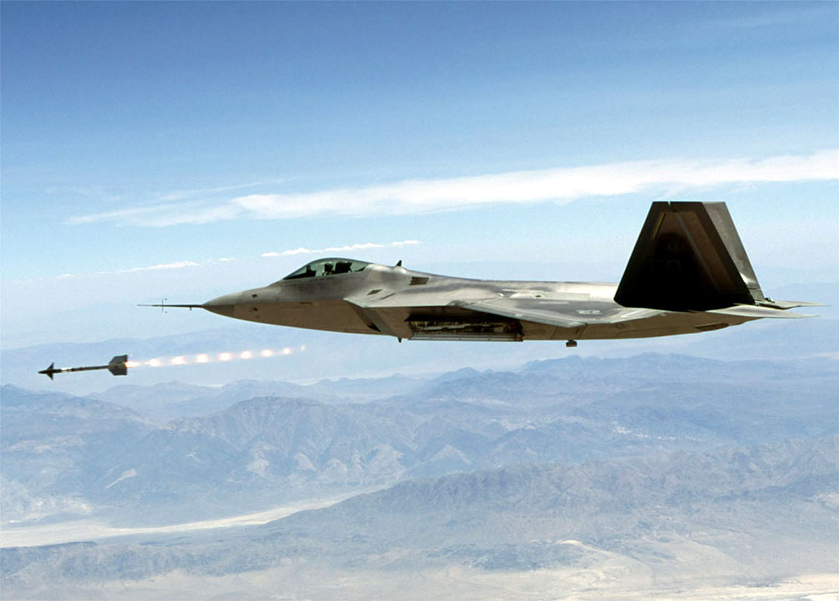 F-22 Raptor Release a Missile Wallpaper 171. is the missile stealth too?