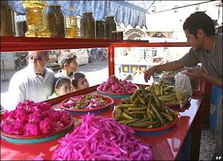 رمضان في مصر طعم تانى _42124924_ap-_pickles_416i.jpg