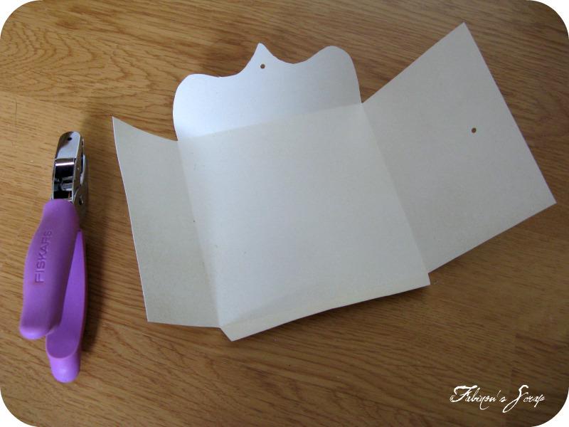 pour tes beaux yeux le scrap de fabinou tutoriel pour cr er une enveloppe fermeture ficelle. Black Bedroom Furniture Sets. Home Design Ideas