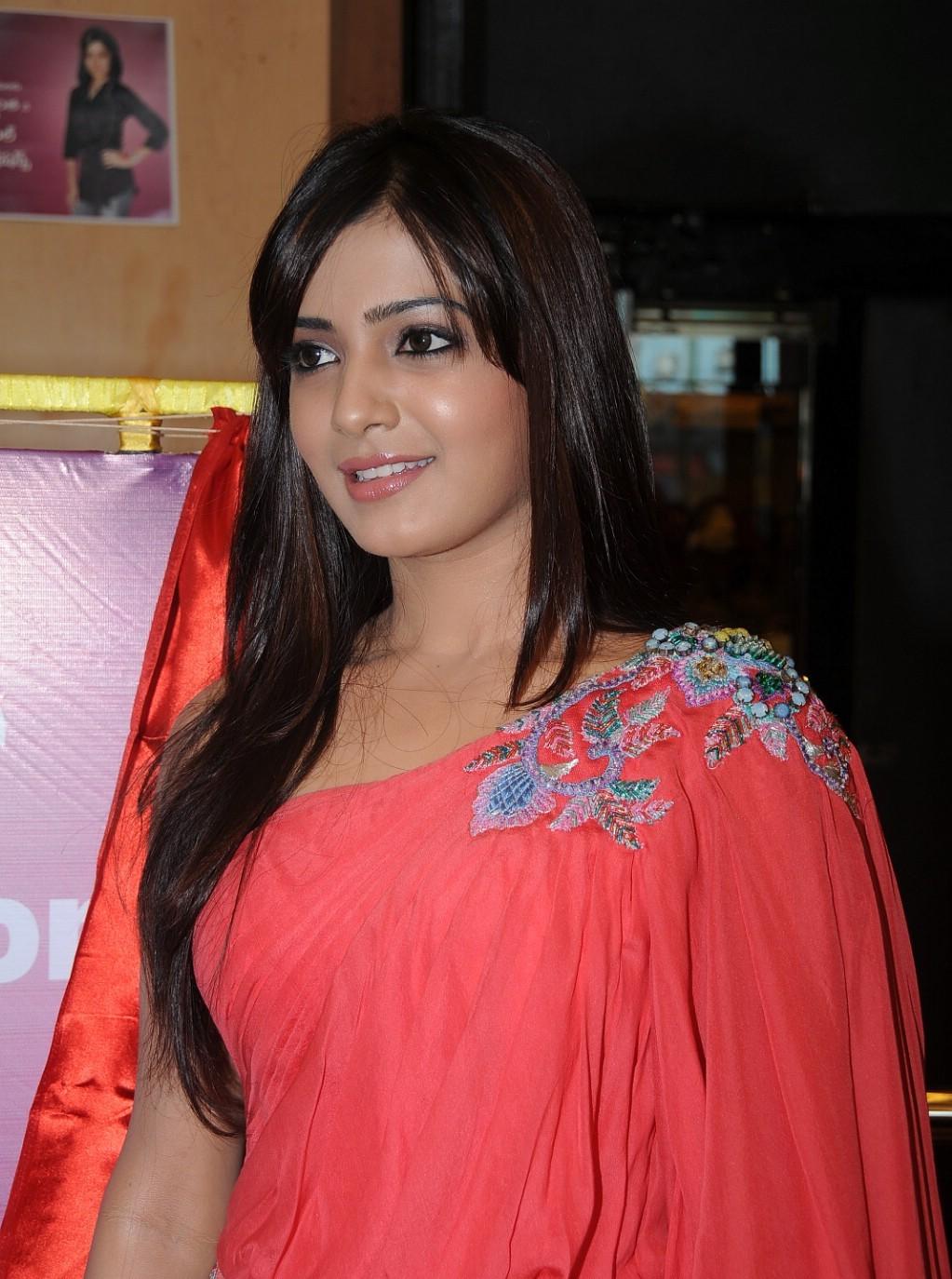 Telugu Actress Samantha Wallpapers Hd Wallpapers