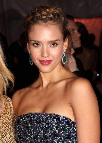 Gorgeous Jessica Alba goes for a more elegant and formal braided up do.