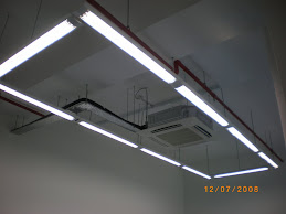 Hanging Fluorescent Lamp