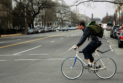 Image of bicyclist in Washington D.C.