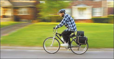 Image of bike commuter Terry Mitchell of Des Moines, Iowa