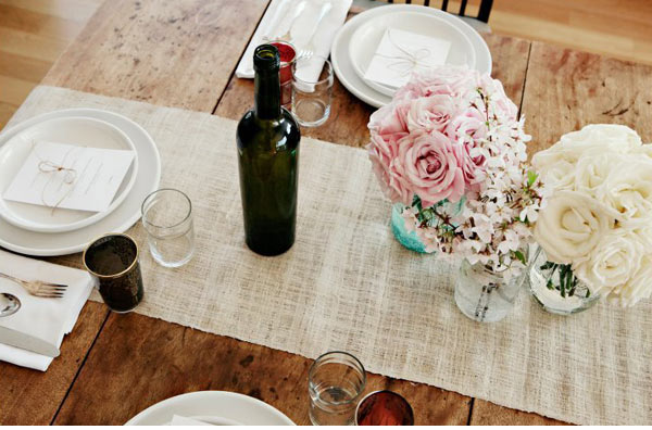 rentable burlap table runner