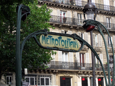 Le Metro subway sign, Gare du Nord.