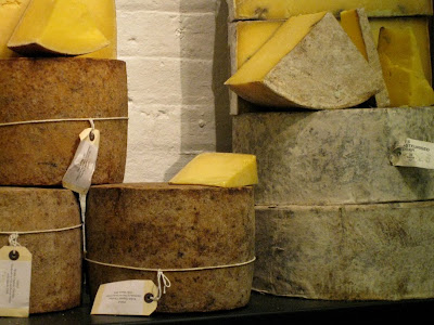 Hafod Welsh Organic cheedar cheese - Neal's Yard Dairy