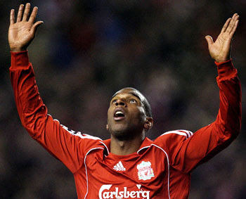 Liverpool 2 vs Manchester United 1 Babel goal get in there!!!