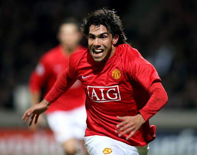 CL: Carlos Tevez , Olympique Lyon v Manchester United