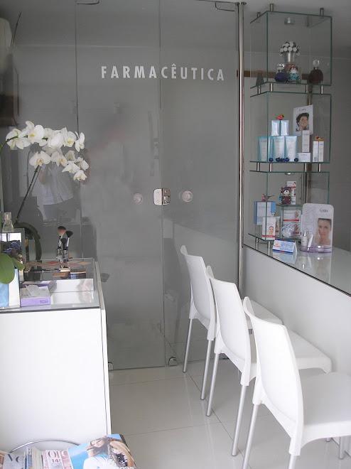 ARQUITE TURA COMERCIAL FARMACIA DE MANIPULAÇÃO