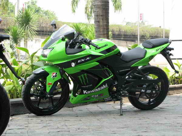kawasaki ninja 600 monster edition. Kawasaki+ninja+600+monster