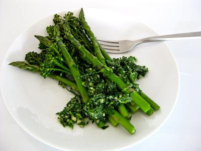 asparagus broccolini