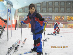 Sking... at ski Dubai