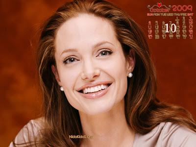 Angelina Jolie wallpapers 10 calendar 2009