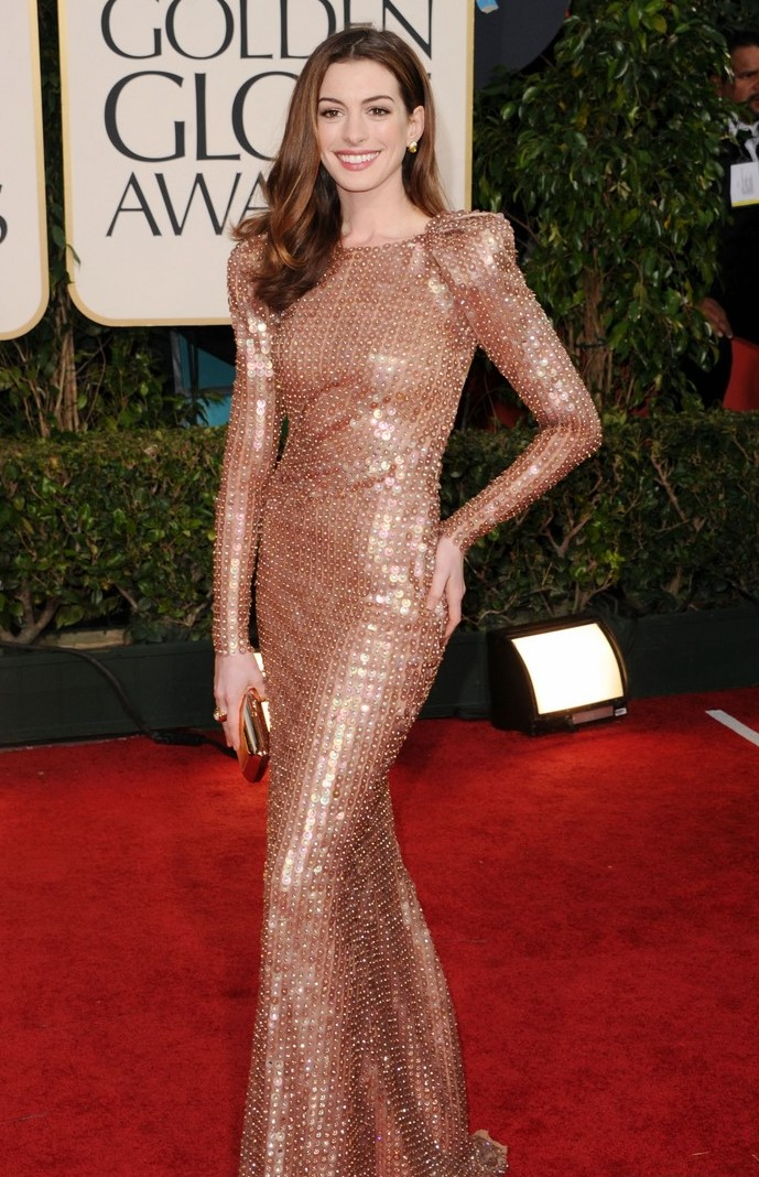 Back to Photo. Anne Hathaway 2011 Golden Globes fashion dress red carpet