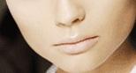 [harpers_nude_lips.jpg]