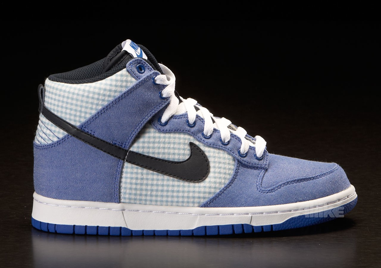 nike dunk high lyon blue obsidian wmns sneakermag the sneaker blog. Black Bedroom Furniture Sets. Home Design Ideas