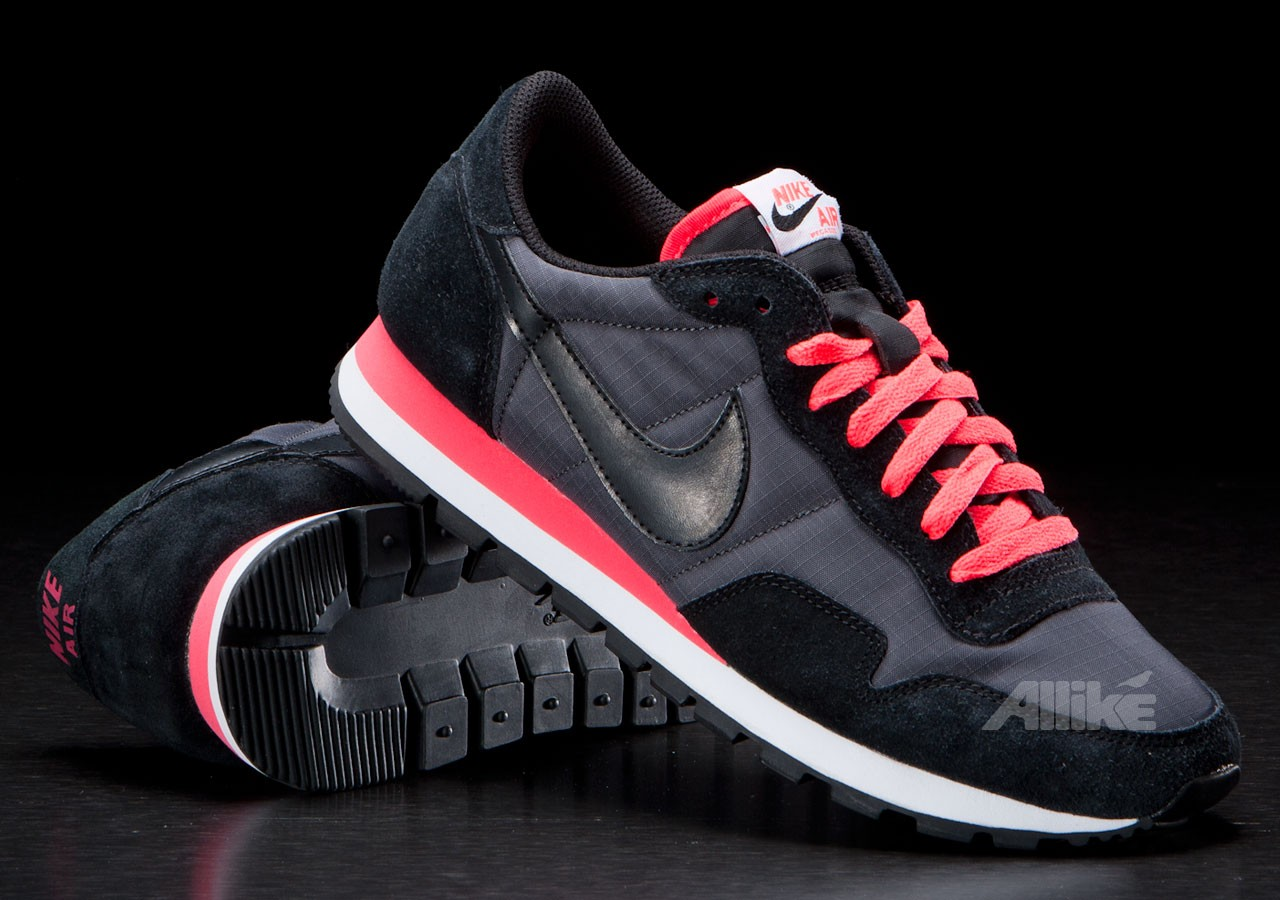 nike air pegasus 39 83 sneakermag the sneaker blog. Black Bedroom Furniture Sets. Home Design Ideas