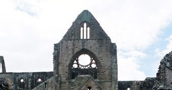 pantheism in tintern abbey