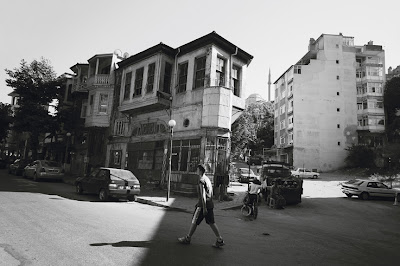 coin de rue, Icadiye caddesi, Kuzguncuk, Istanbul, Turquie,street corner, Turkey, photo © dominique houcmant