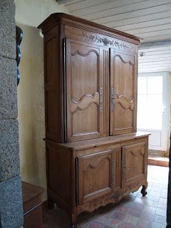 Ancien buffet deux corps lxv merisier xix me de la sarthe antic france - Meuble normand ancien ...