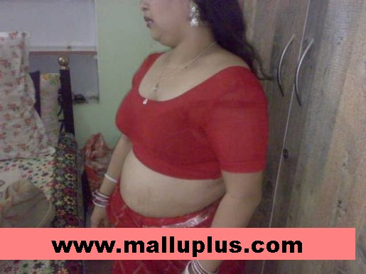 Blouse Masala Navel Show Photos -blouse back - Aunty Tamil Hot Nadumu