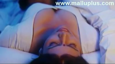 Mallu Aunty First Night http://thatcars.blogspot.com/2011/03/mallu-masala-first-night-sizzling.html