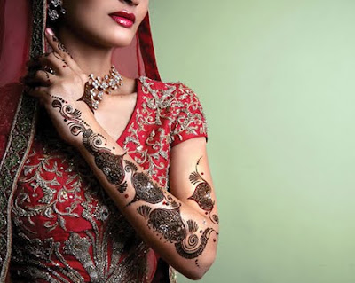 Henna has been used as a replacement for tattoos.