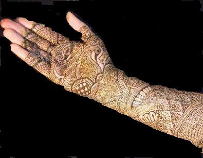 Mehndi party is a social gathering that is held before an Indian / Pakistani