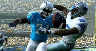 madden nfl players battle on the pitch