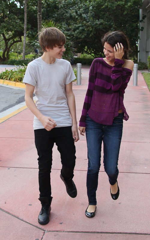 Justin Bieber and Selena Gomez were side-by-side in Miami Beach,