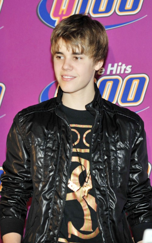 justin bieber new photoshoot december. justin bieber new haircut 2010