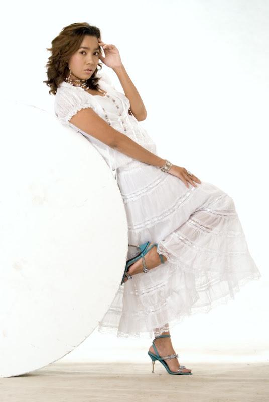 www.myanmar-model.com_moe-hay-ko-motions-in-still