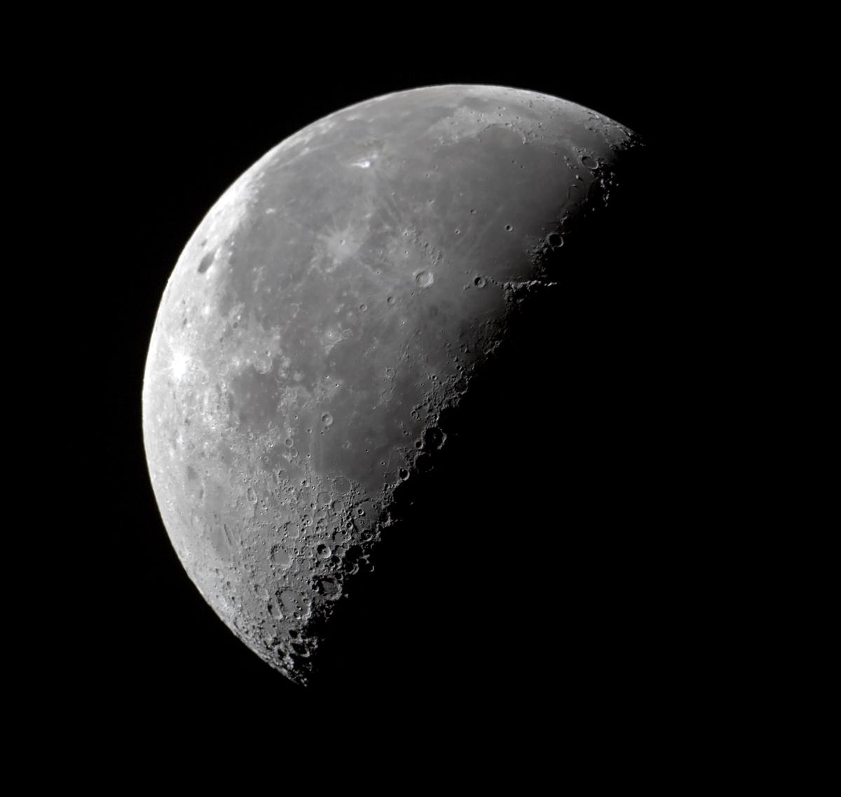 Moon magazine cuarto menguante for Cuarto menguante de la luna