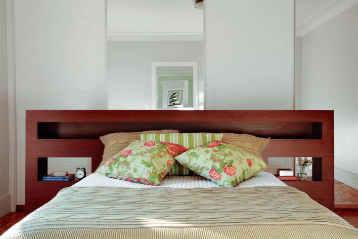 Veja a simplicidade e elegância desta cama. Basta escolher o material que preferir
