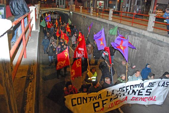 [Valladolid] Crónica y fotos de la mani unitaria contra la reforma de las pensiones y por la HG. DSC_0026
