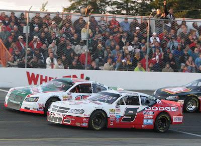 http://4.bp.blogspot.com/_jsHIajLmnh8/RovKeL7SPGI/AAAAAAAABLM/ziw3S-e4ZcE/s400/Dilley+on+pole+Barrie+Speedway.jpg