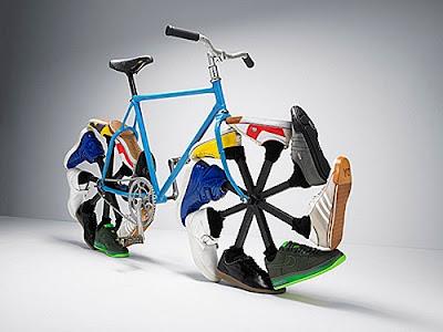 bicicletas raras y casas raras