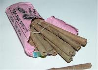Beedis são cigarros artesanais indianos